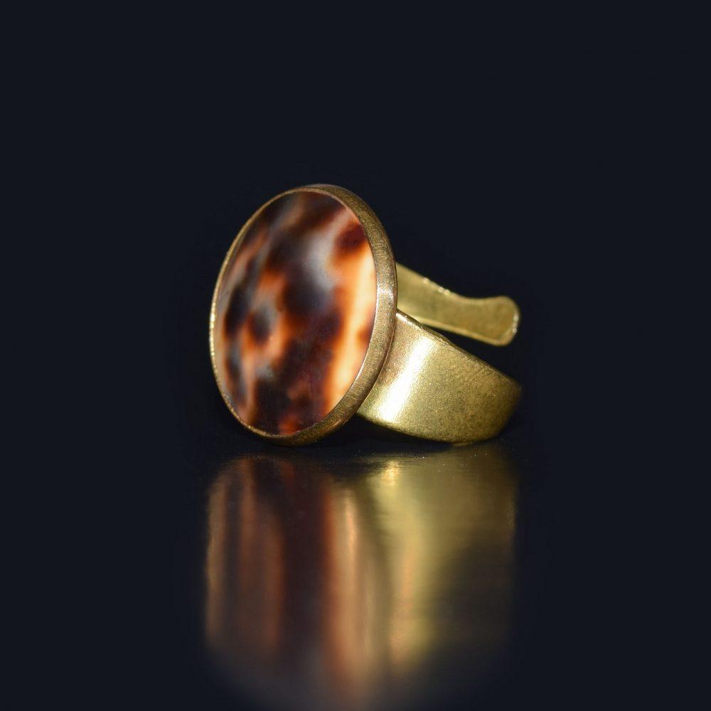انگشتر صدف دار توکلائو