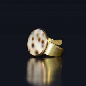 انگشتر صدف دار بورانو